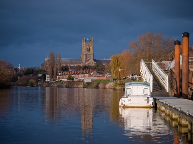 Mooring on the river severn