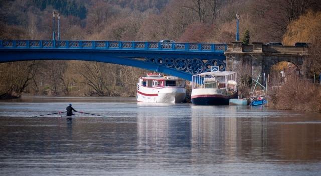 Blue bridge acros the river Severn