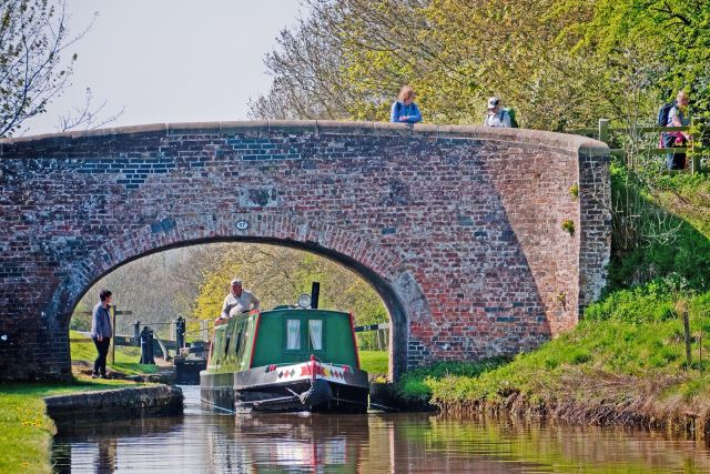 Meaford Lock on the Trent and Mersey Canal, above Stone