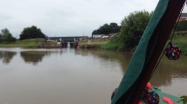 Approaching the lock at Tarleton